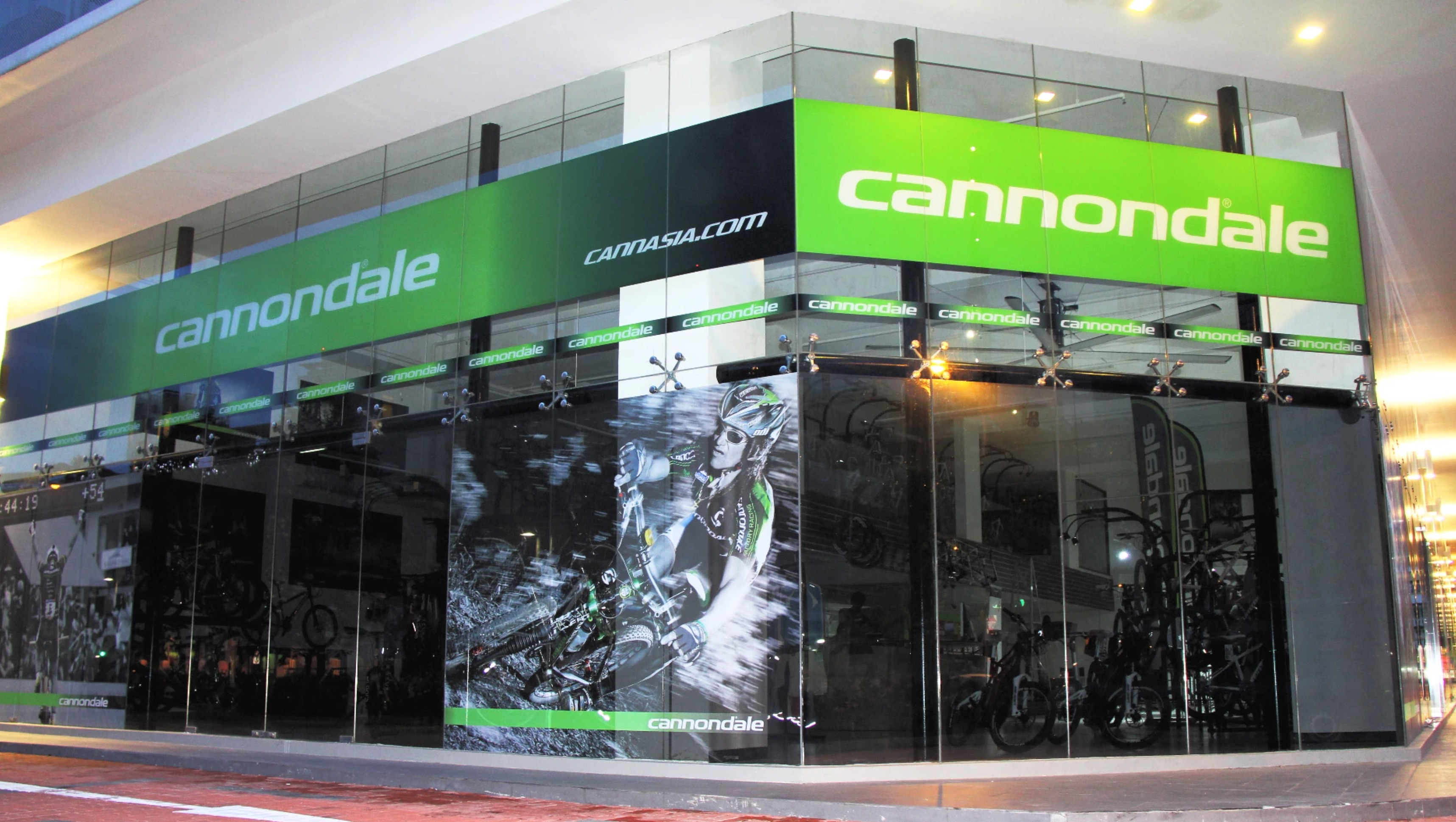 cannasia vertex showroom